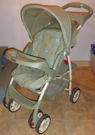 Photo Graco stroller - $15 (Louisville)
