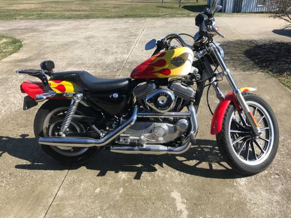 Photo Harley Davidson Sportster - $4,000 (Taylorsville)