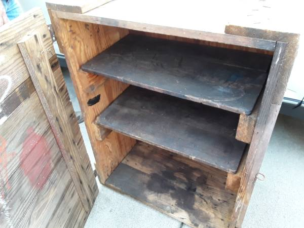 Photo Heavy Wood Cabinet - $85 (Bardstown Ky)
