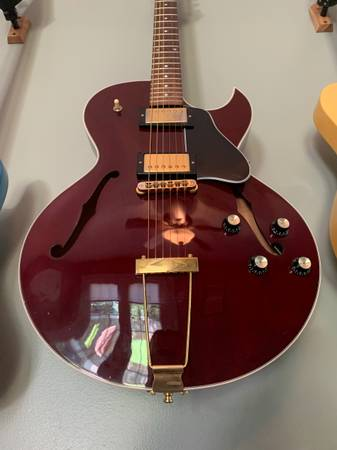 Photo Limited Edition Gibson ES-135 - For trade