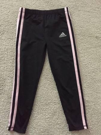 Photo Little girls size 5 Adidas pant - $3 (Hurstbourne Ln)