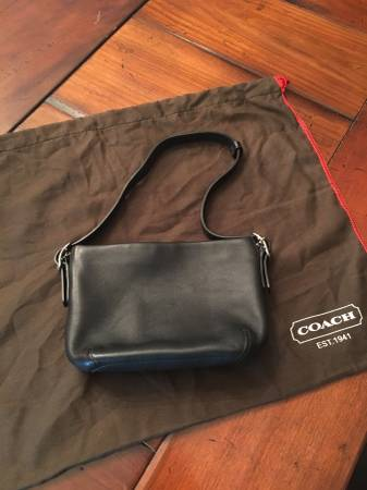 Photo MINT condition Coach black leather purse - $70