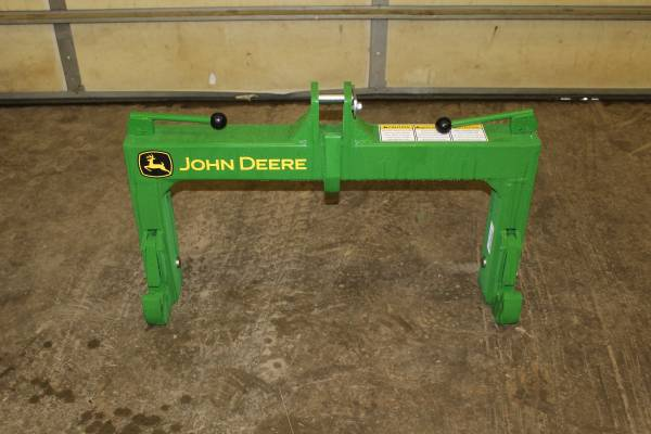 Photo New John Deere Category 2 Quick Hitch - $575 (New Castle , Ky)