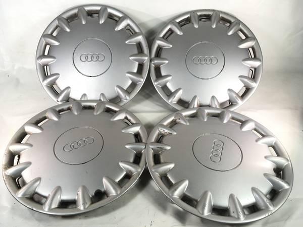 Photo OEM Audi 15quot hubcapswheel covers - Set of 4 - $100 (Louisville)