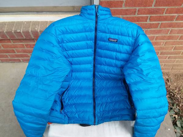 Photo Patagonia Down Sweater - $50 (Louisville)