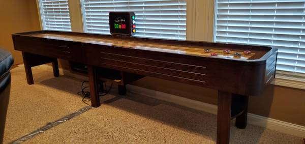 Photo Shuffleboard table - $1000 (Floyds Knobs)