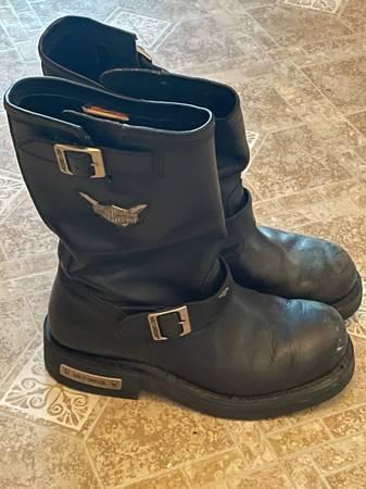 Photo mens harley davidson boots - $75 (Hanover)