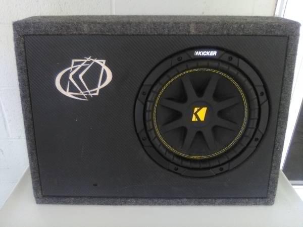 Photo 10 inch Subwoofer Box - $95 (Camdenton)