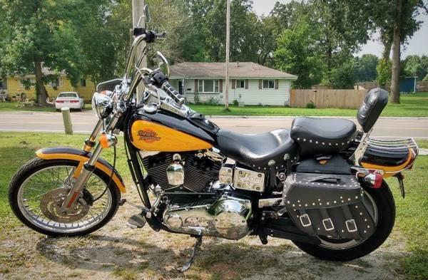 Photo 2000 Harley Davidson Dyna Wideglide - $5,000 (Springfield)