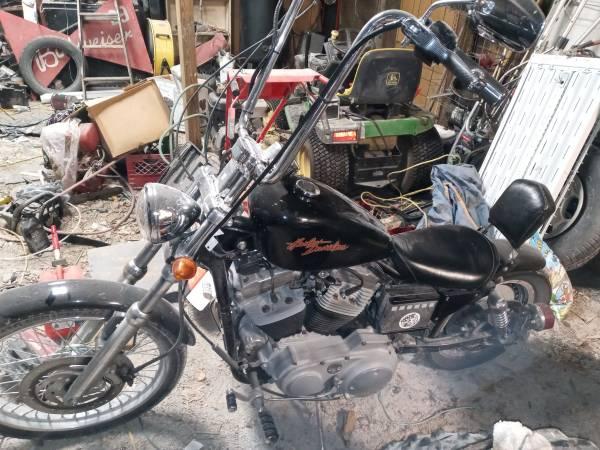 Photo 2000 Harley Davidson sportster 883XL CUSTOM - $3,000 (Warsaw)