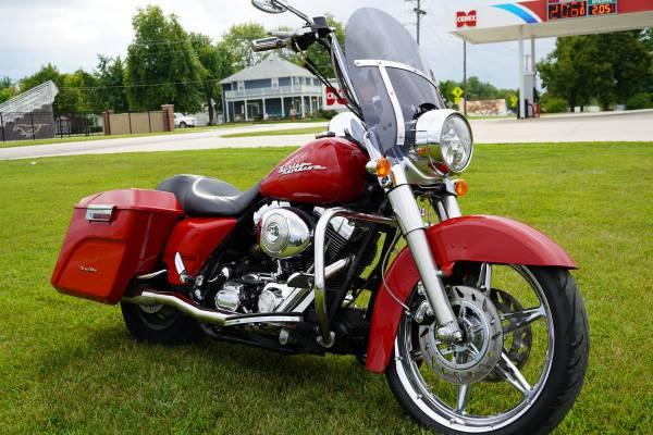 Photo 2004 Harley-Davidson Road King Special 31,XXX miles, - $8,250 (Eldon)