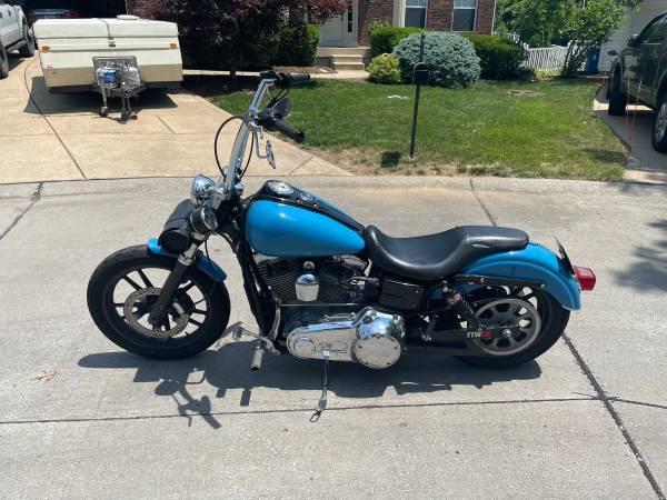 Photo 2006 Harley Dyna Super Glide - $7,000 (Fenton)