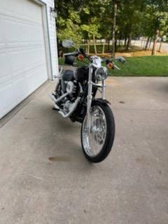 Photo 2007 Harley-Davidson XL 1200C Sportster 1200 Custom - $5,500 (Lake Ozark)