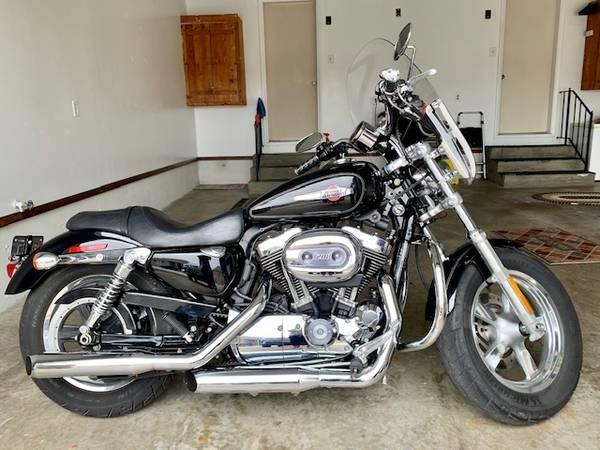 Photo 2011 Harley Davidson 1200 Sportster - $5,500 (Springfield)