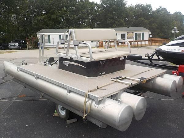 Photo 2016 1339 Paddle King Paddle Boat - $4,500 (Lake)