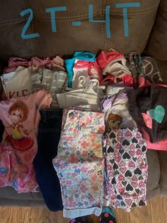 Photo 2T-4T girls clothes - $5 (Eldon, Missouri)