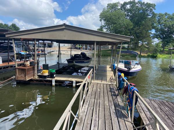 Photo Boat Dock - $1,750 (Climax Springs)