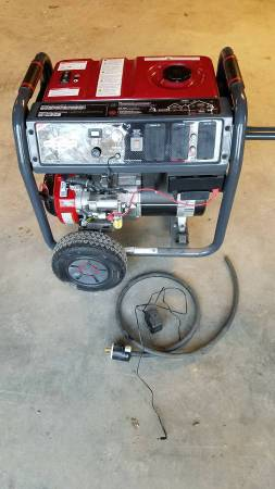 Photo Briggs and Stratton Generator - $1,000 (Versailles)