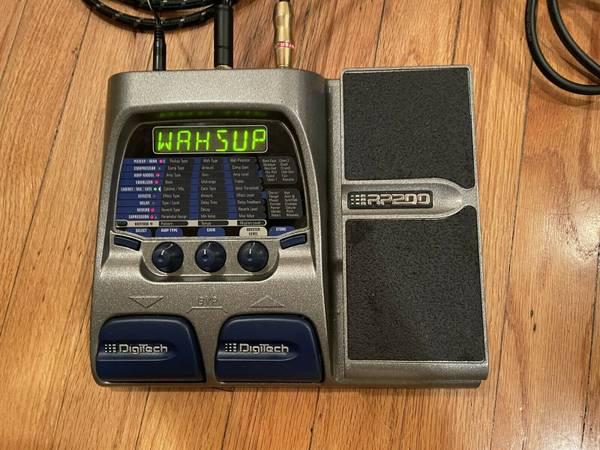 Photo DIGITECH RP-200 Guitar FX Processor, - $45 (SHAWNEE MISSION)