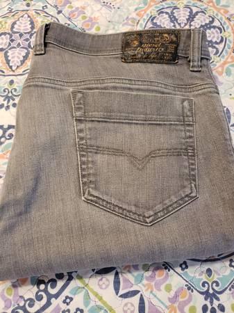 Photo Diesel quotdesignerquot jeans - $25 (Springfield)