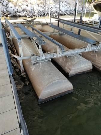 Photo Heavy Duty Boat Lift - 17,000 lb GalvaLift - $3,500 (MM 35.5)
