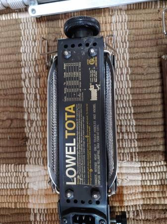 Photo Lowel Tota light kit - $250 (Cedar Hill)
