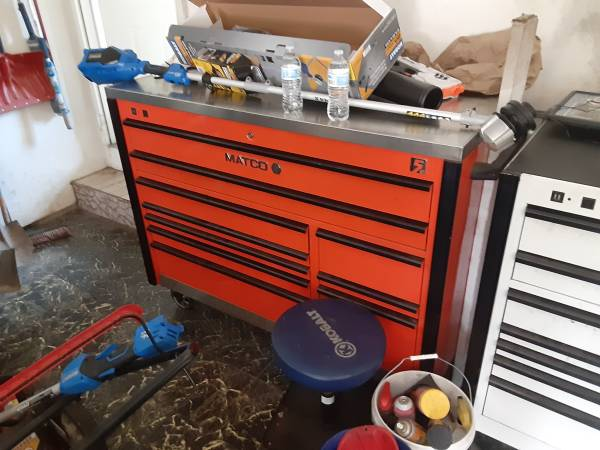 Photo Matco 5s Box w Power Drawer 28quot Depth and Stainless Top - $4,000 (Waynesville)