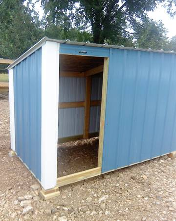 Photo NEW 4 ft. X 8 ft. sheds 5 ft. high shelter,(4 ft. high at the back - $375 (Barnett, Versailles 30 mile west of Jeff)