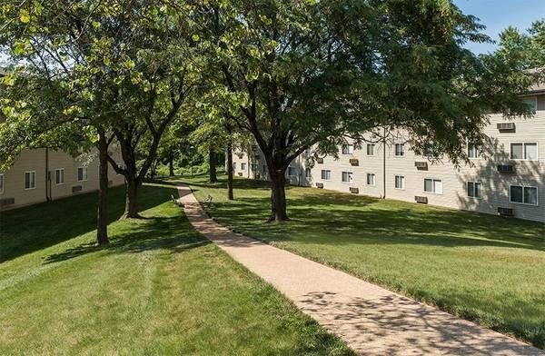 Photo One Bedroom Market- FREE UTILITIES (62 yrsOlder) (12565 Santa Maria Court, Hazelwood, MO)