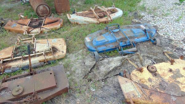 Photo Tractor Mower Decks Ford John Deere Alice Chamlers Simplicity Sears - $75 (Cross Timbers)