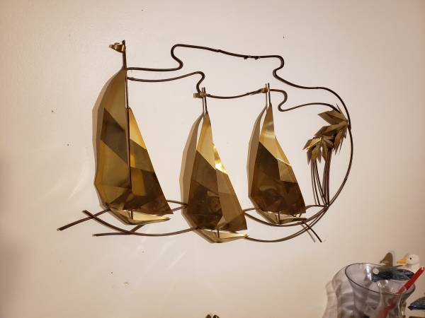 Photo Wall art- 3 sail boats and palm trees - $150 (lake ozark)