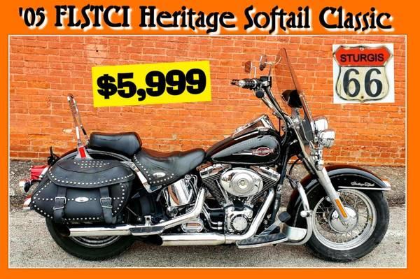 Photo 2005 Harley Davidson Heritage Softail Classic  FLSTCi  BLACK  - $5,999 (O39fallon, MO)