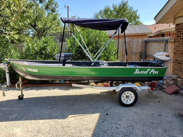 Photo 14 ft. V Hull Jon Boat with 1974 Evenrude 6 hp Motor and Trailer - $2,200 (Abilene)