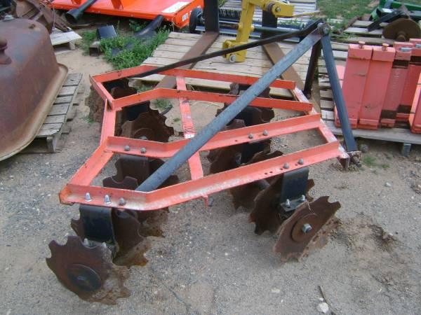 Photo 3-Point Disc, Box Blade and Garden Tractor Roto-Tiller (Lubbock, Texas)