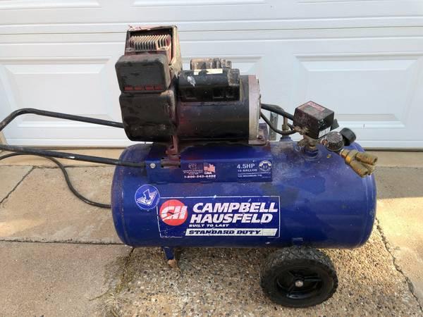 Photo Cbell Hausfeld Compressor 13 gal. 4 hp. 125 PSI - $150 (Lubbock)