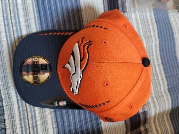 Photo Denver Broncos memorabilia - $30 (Lubbock)