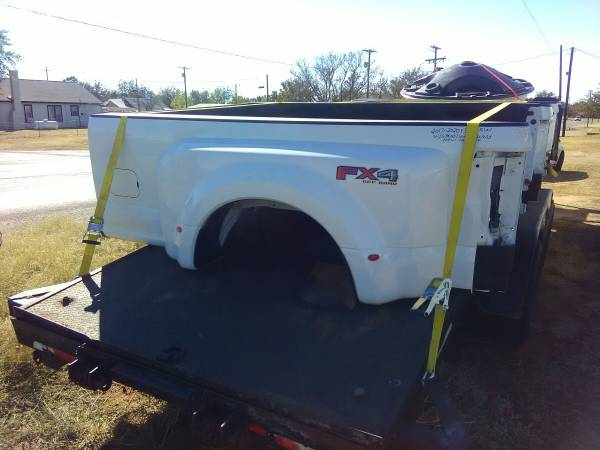 Photo Ford Dually bed - $1,100 (Lubbock)