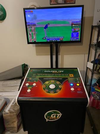 Photo Golden Tee Golf Arcade Game - $2,750 (Lubbock)