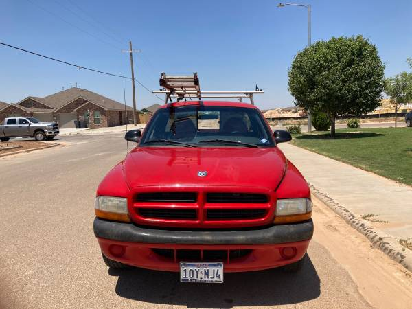 Photo I am selling my 1997 Dodge Dakota pick up truck Magnum V6 has a lot of power an - $3,500 (Lubbock)