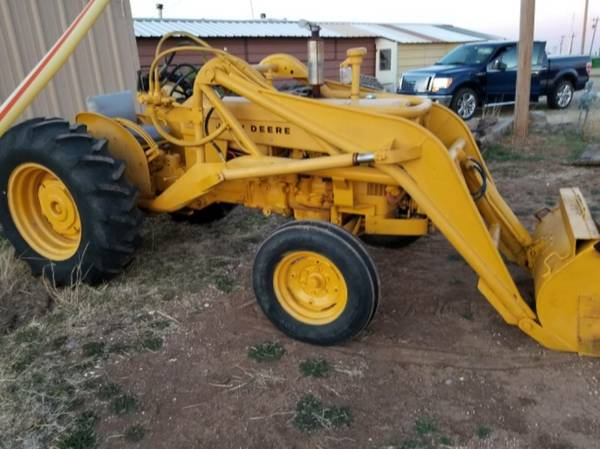 Photo John Deere 430 Gas Tractor with Loader - $4250 (Amarillo, Texas)