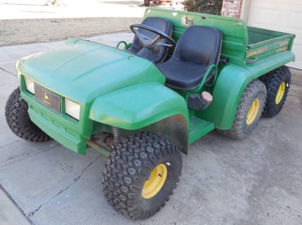 Photo John Deere Diesel 6X4 Gator - $3800 (SW Lubbock)