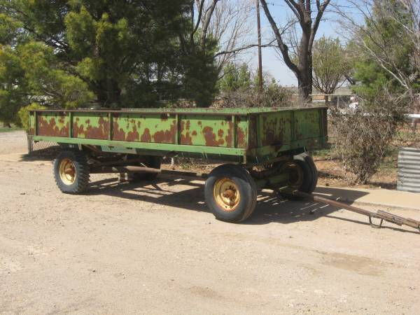 Photo John Deere Farm Trailer - $375 (Lubbock)