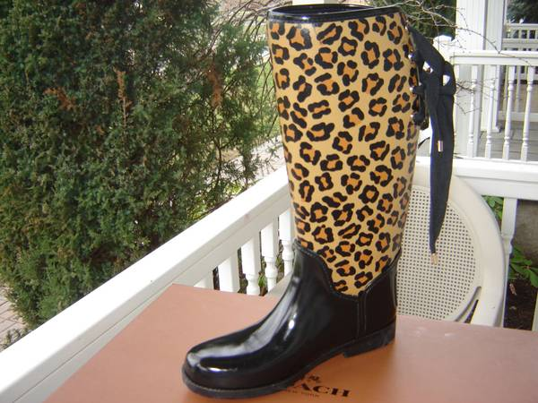 Photo NEW in Box .... Coach Tristee Womens Tall Rubber Rainboot Leopard (Lubbock)