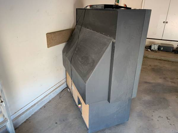 Photo Old 61 big screen tv - Make an offer All offers considered