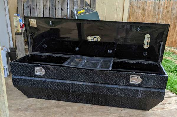 Photo Used Truck Tool Box - $160 (South FM RD 179..)