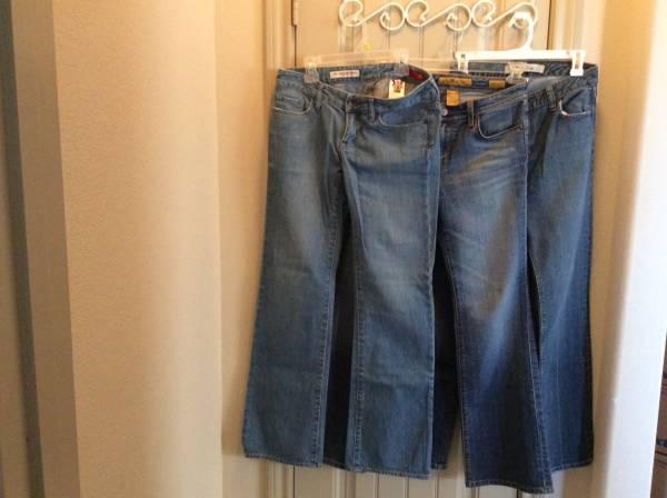 Photo X2, Seven7, Gap jeans women size 4 - $7 (Lubbock)