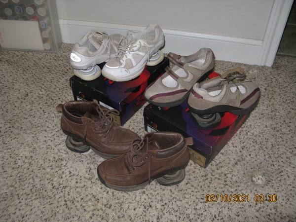 Photo Z-Coil shoes - $50 (Shallowater)