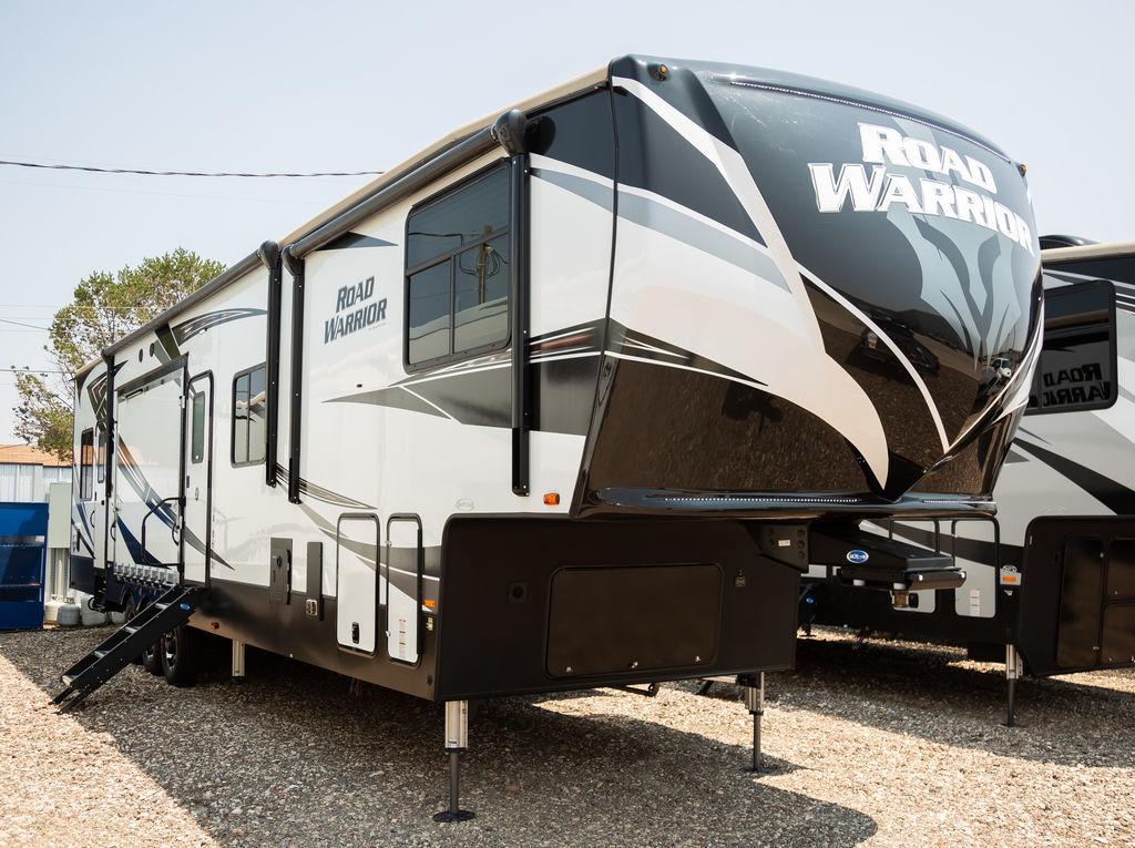 Photo Used 2020 Heartland Road Warrior Travel Trailer Toy Hauler RV  $84997