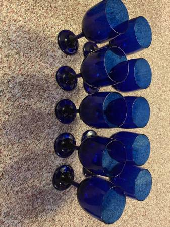 Photo 10- cobalt blue Libbey water goblets 714x 234 - $20 (Lynchburg)