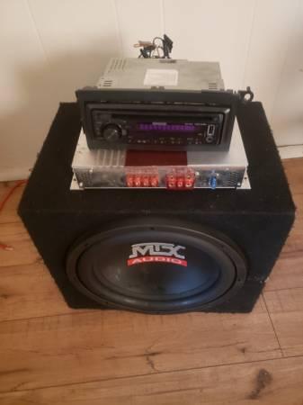 Photo 12 Mtx audio Speaker vision k lifer and Kenwood cd player - $175 (Bedford)